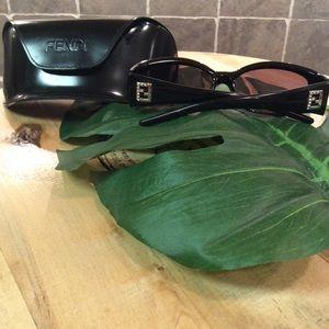 💯 authentic vintage Fendi sunglasses.